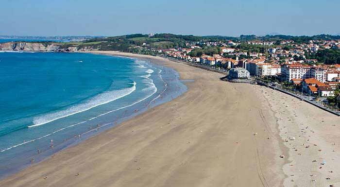 grande plage hendaye pays basque