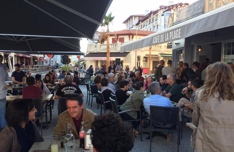 café de la Plage-Hendaye-apéro musical en terrasse