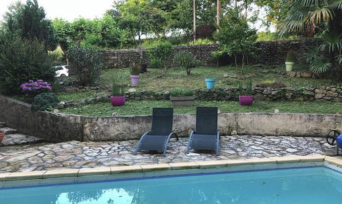 Moulin des sens-chambres d'hôtes-piscine