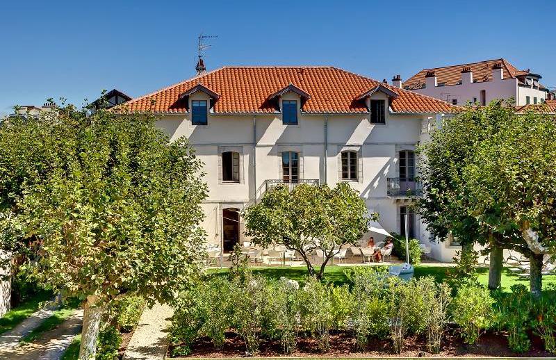 Hôtel de Silhouette-demeure et jardin-Biarritz