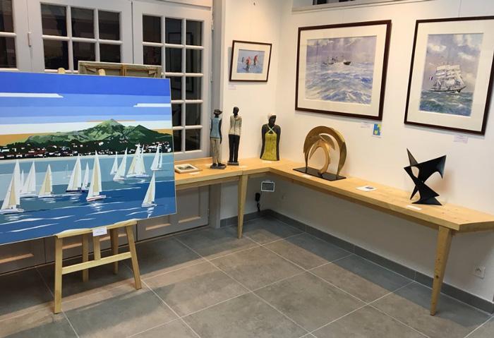 Bleu la galerie-galerie d'art sur le monde maritime