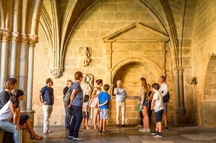 office-tourisme-Bayonne-visite-cloître