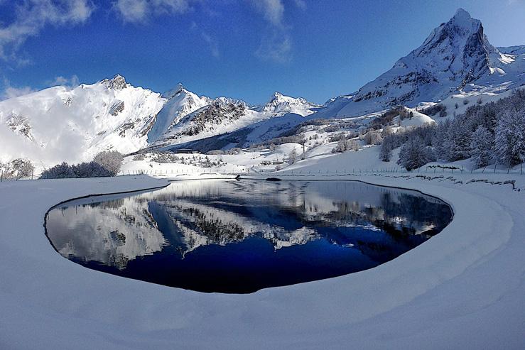 Gourette vue de l'espace nordique-Pyrénées Atlantiques