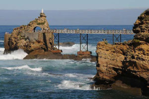 rocher-de-la-vierge-biarritz