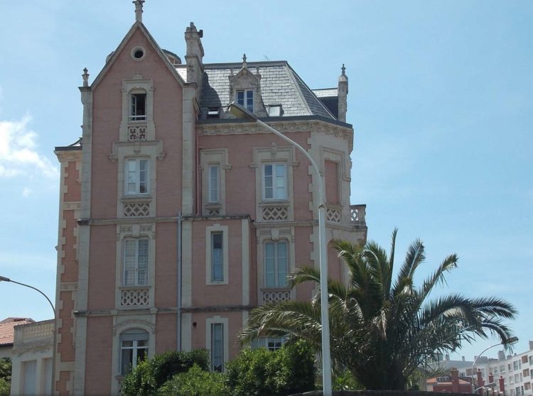 agence-first-biarritz-location-vacances-villa-clemence