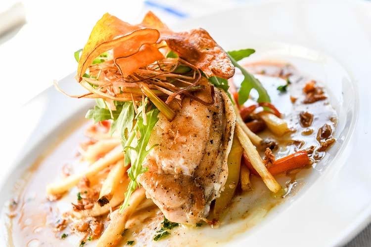 hotel-du-chene-itxassou-restaurant-plat