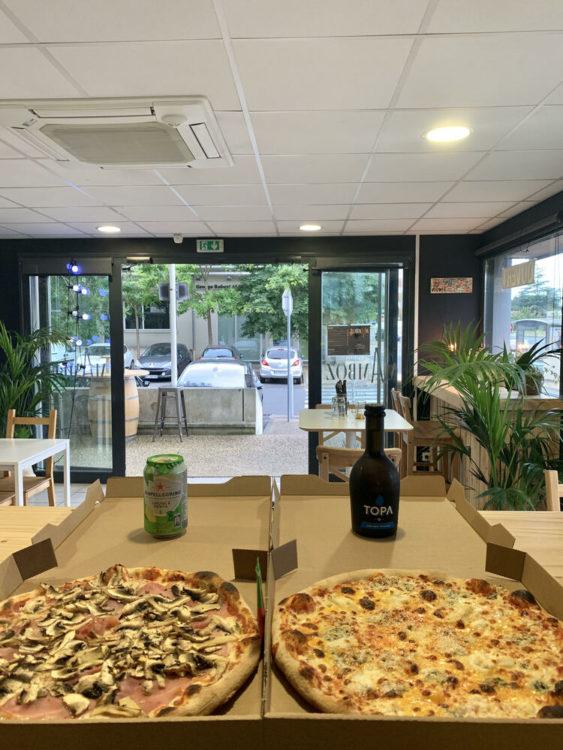 mamboz-pizza-interieur-boisson