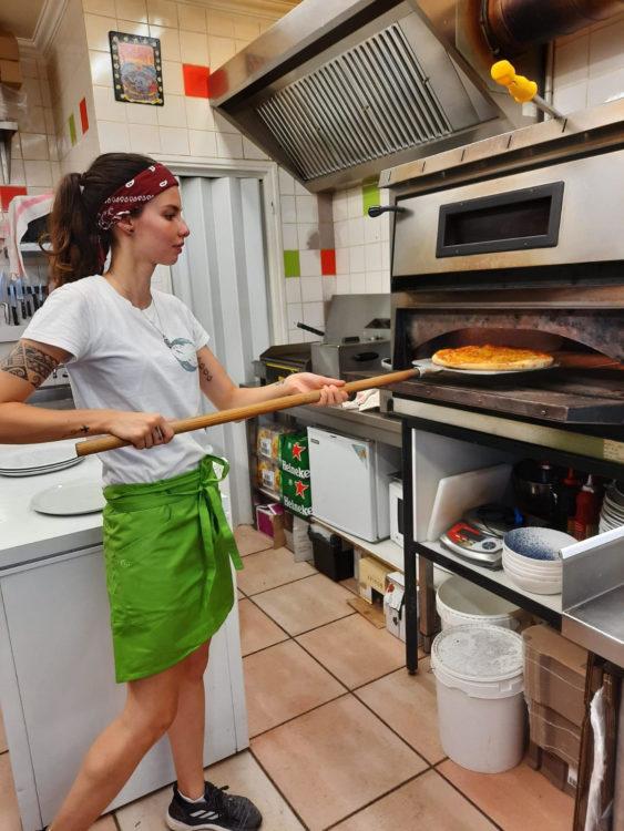 bar-a-manger-pizzeria-hendaye-pizza-julie