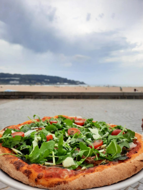 bar-a-manger-pizzeria-hendaye-pizza-vue