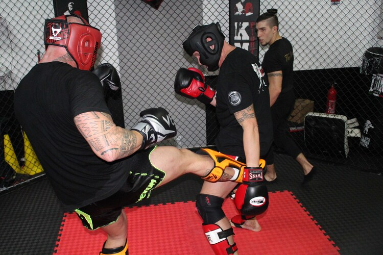 mma-factory-team-silencer-fit-boxing-cours