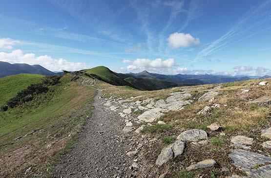 pays-basque-montagne-ciel