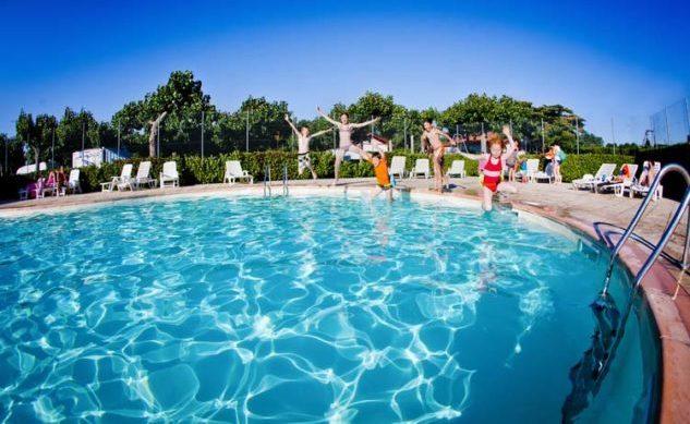 camping-larrouleta-urrugne-piscine