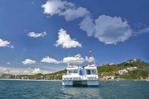 ciudad-san-sebastian-saint-sebastien-pomenade-catamaran