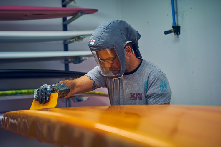 Shapers pays basque Terry Surfboard peinture