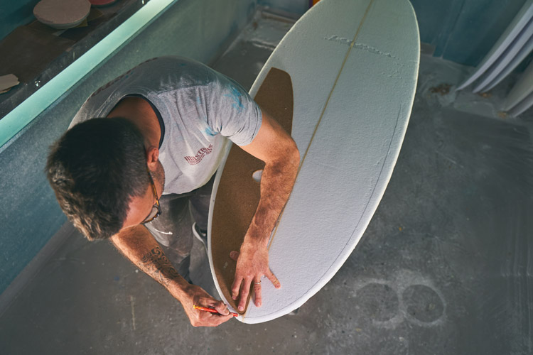 Terry Surfboard Traçage atelier