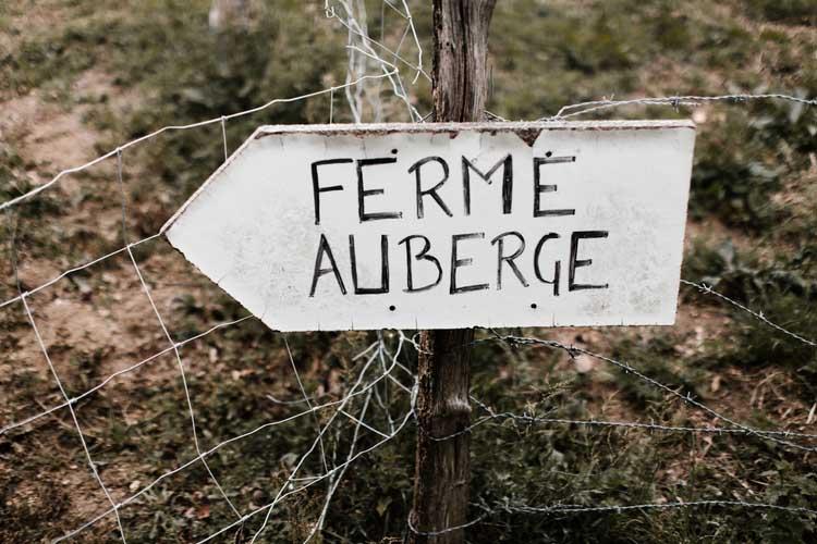 panneau-ferme-auberge-komeiteko-borda