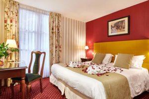 Hotel-biarritz-vue-mer-patio