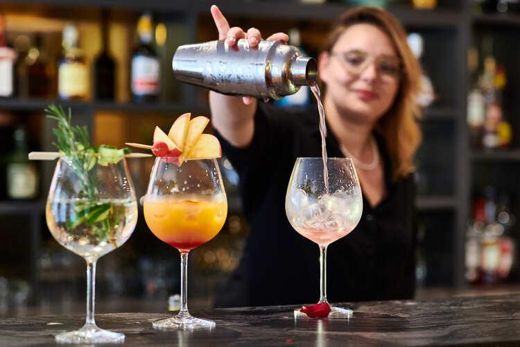 hotel-georges-VI-biarritz-bar