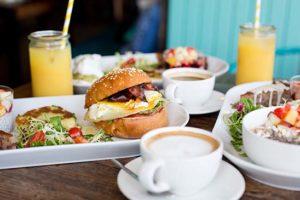 le-tandem-brunch-burger