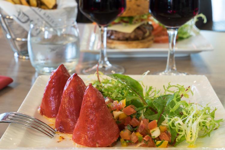 Un plat servi au restaurant du Sure Hotel Biarritz Aéroport