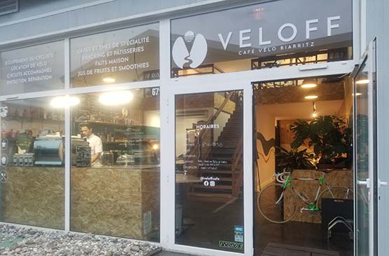 veloff-cafe-biarritz-devanture-velo