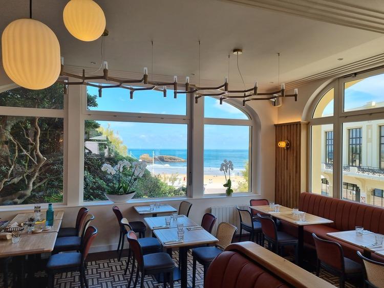 octopus-restaurant-baie-vitree