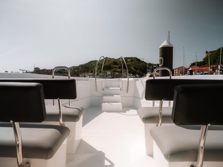 Banquettes du bateau Brai