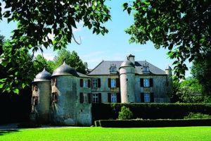 chateau-urtubie-facade