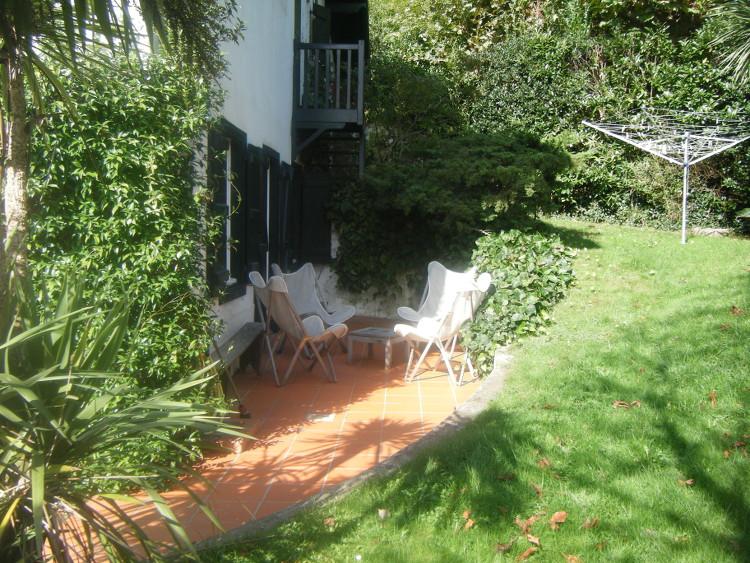 terrasse de la villa Outside Bidart