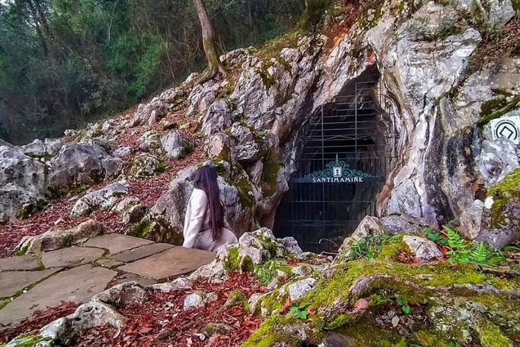 Grottes de Santimamine